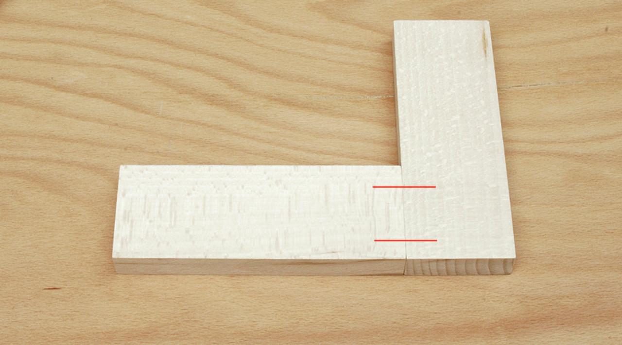Center Line Locator (W3010003) - example 1