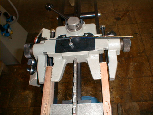 Hoffmann JFA 57 Louver Grooving Machine, material clamp close-up.jpg