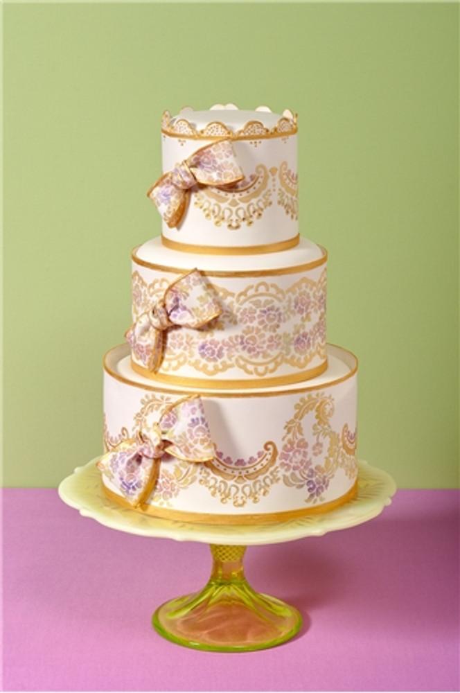 Alencon Lace Middle Tier Cake Stencil
