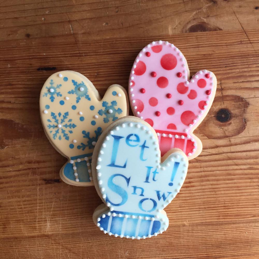 Mitten Cookie Cutter & Stencil Set