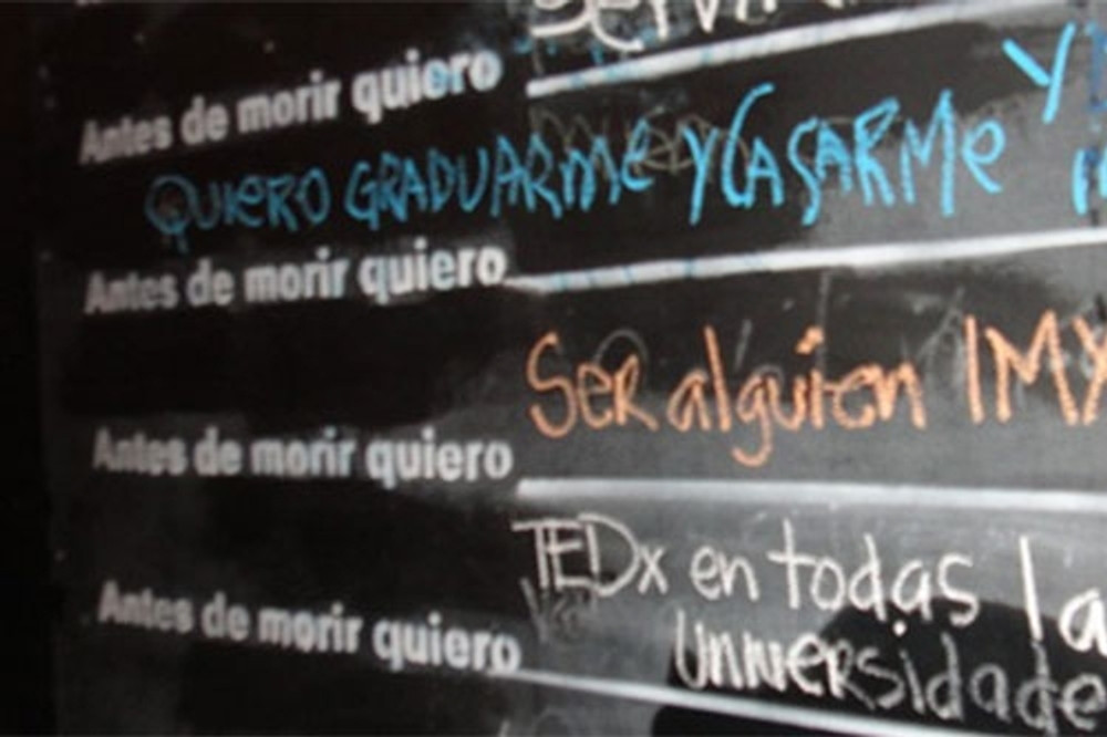 Antes de morir Line Stencil - Spanish
