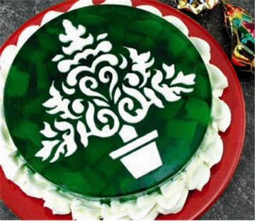 "7"" Christmas Tree Cake Stencil"