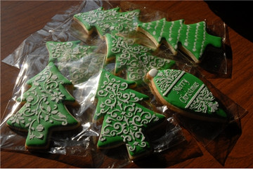 Teardrop Christmas Ornament Cookie Set (no cutter)