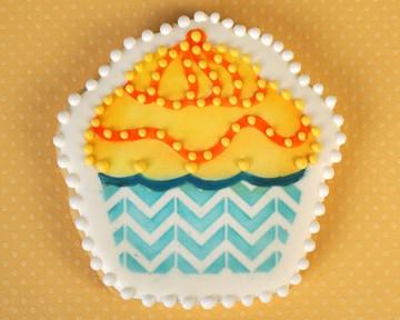 Cupcake Stencil and Tin Cutter Set