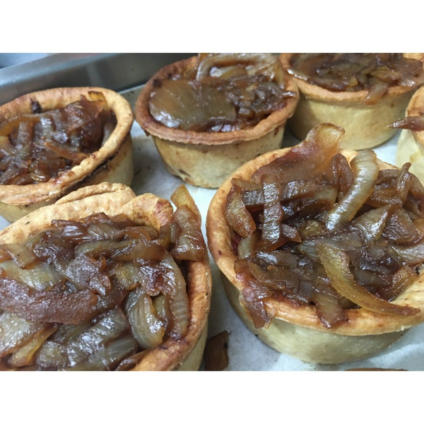 1lb (Approx) Pork Pie Topped With Caramelised Onion