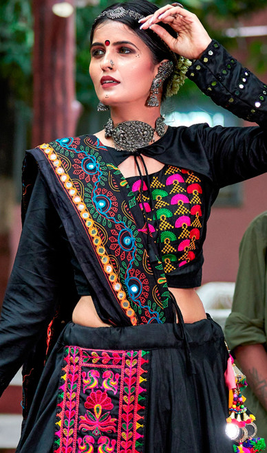 Black and Red Color Shaded Cotton Choli Skirt