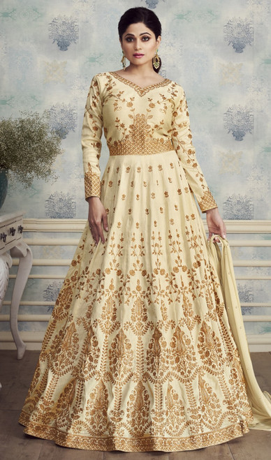 Shamita Shetty Cream Color Silk Anarkali Dress