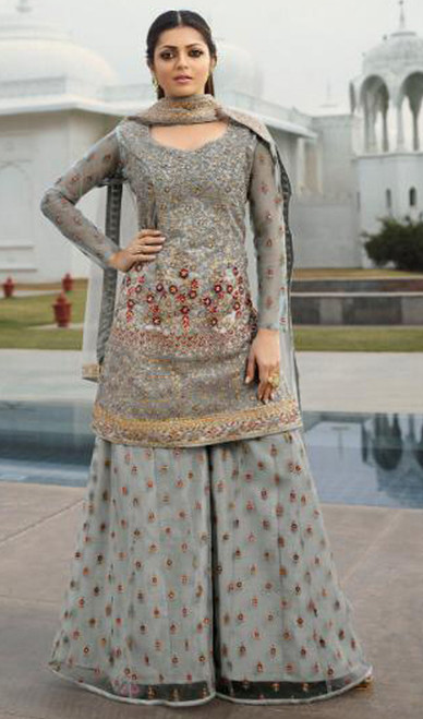 Drashti Dhami Gray Color Embroidered Net Suit