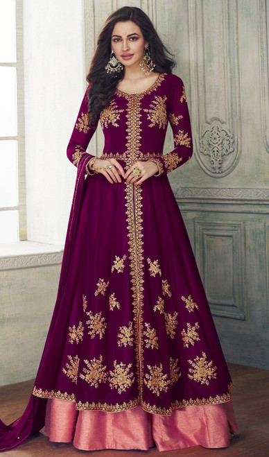 Lehenga Choli in Magenta Color Shaded Georgette