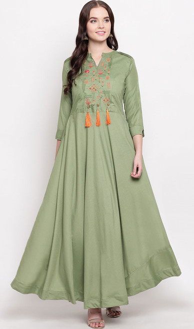 Green Color Shaded Viscose Maslin Gown