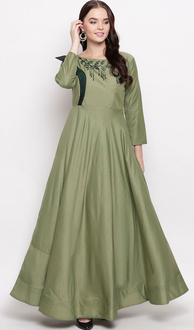 Evening Gown in Green Color Shaded Maslin