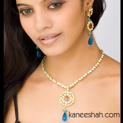 Turquoise/Red Kundan Necklace Set