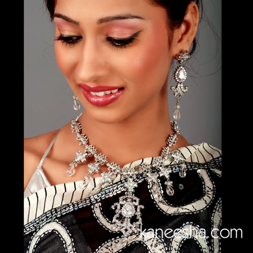 Silver Victorian Style Necklace Set
