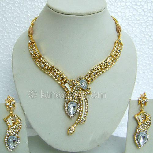 White American Diamond Necklace Set