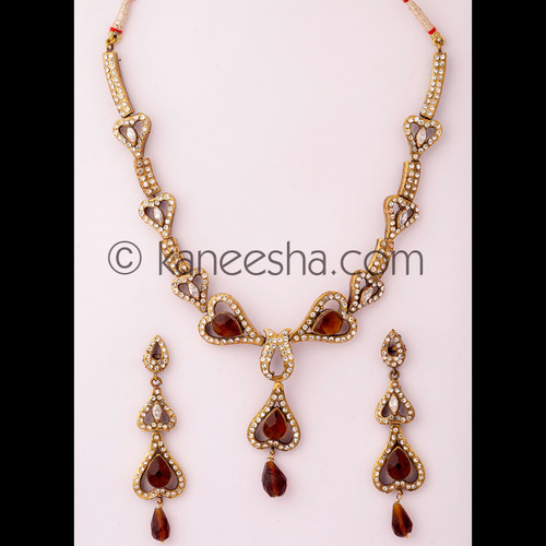 Subtle Cubic Zircon Necklace Set