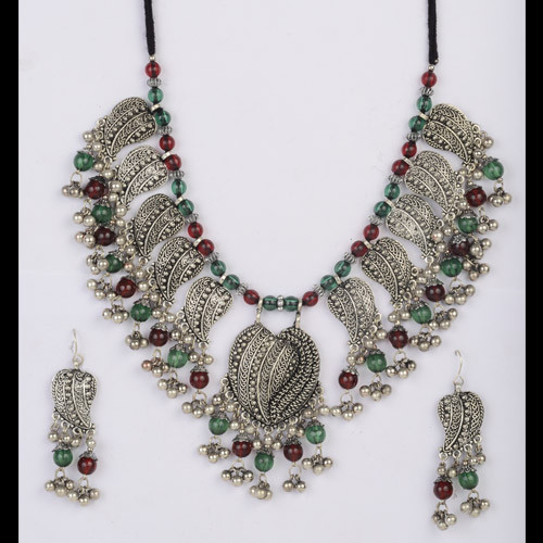 Trendy Oxidized Silver Necklace Set