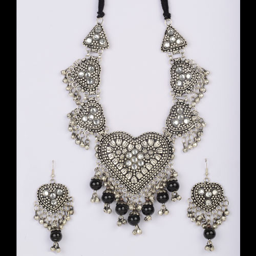 Indian Artificial Jewelry Silver Necklace Set
