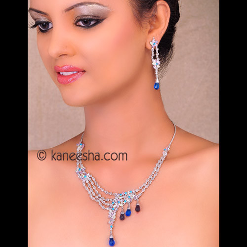 Vivacious Polki Necklace Set