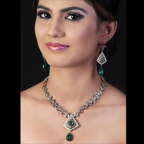 Antique Green Necklace Set