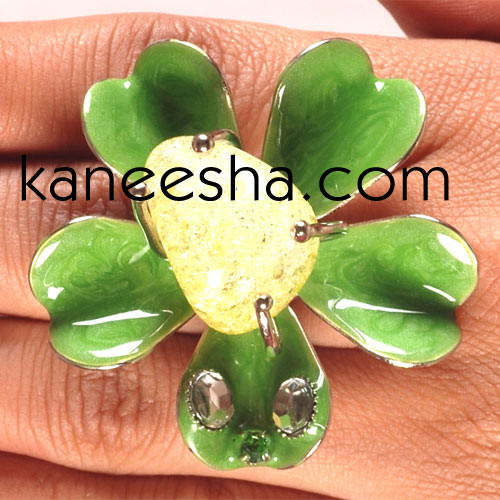 Green Enamel Fashion Ring