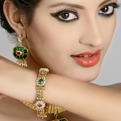 Stylish Gold Plated Bangles