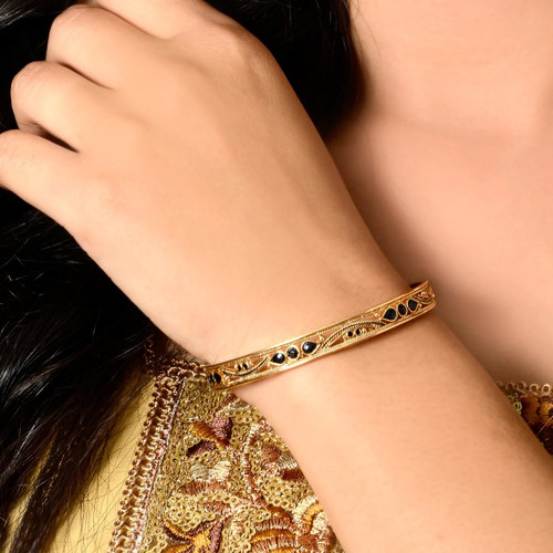 Elegant Gold Plated Bangle