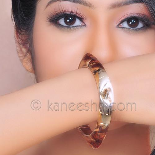 Golden Glass Bracelet