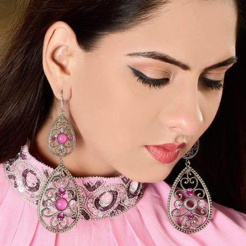 Looped Shaped Fashionable Earring