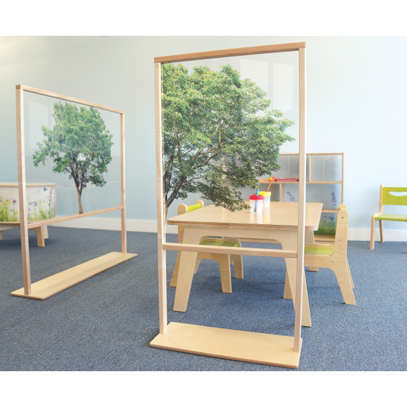 FLOOR STANDING ACRYLIC PARTITION 25W