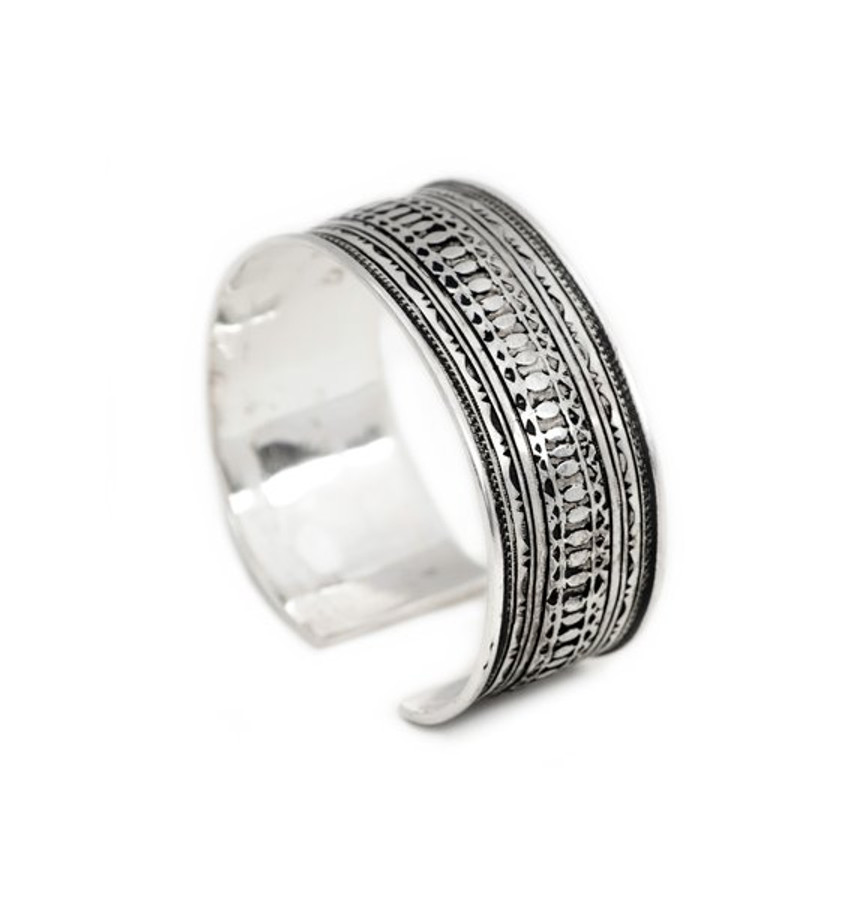 Weave Fine Silver Etched Cuff by the Koumama Family of Agadez, Niger
