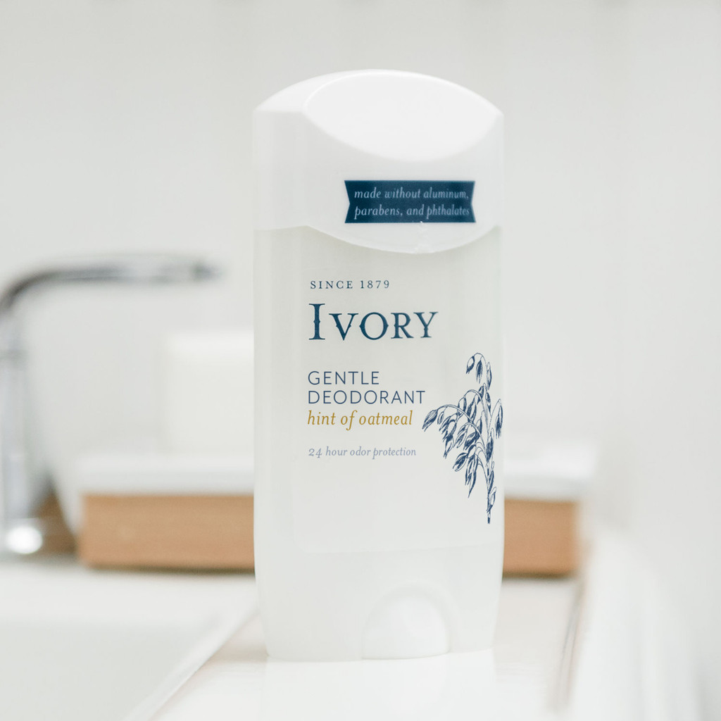 Ivory Gentle Deodorant, Hint of Oatmeal Scent