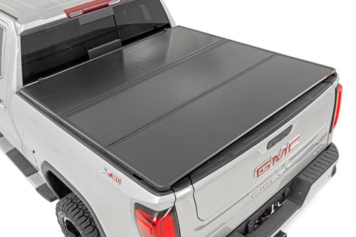 GM Hard Tri-Fold Bed Cover 14-18 1500 PU - 8' Bed w/o Cargo Mgmt)