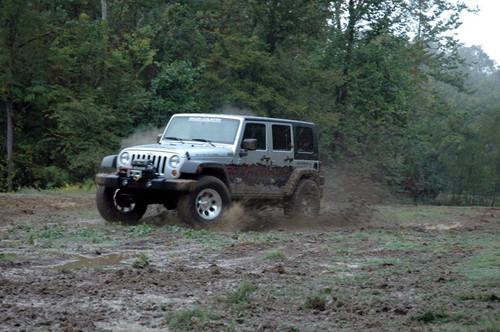 4in Jeep X-series Suspension Lift Kit w/ V2 Shocks 07-18 Wrangler JK)