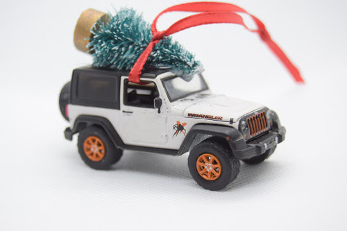 Jeep Wranger JK White Ornament with Tree