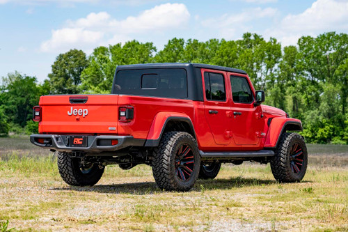 2.5in Jeep Suspension Lift Kit w/ V2 Shocks (2020 Gladiator)