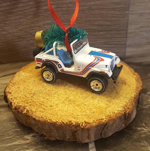 1976 Jeep CJ5 Ornament