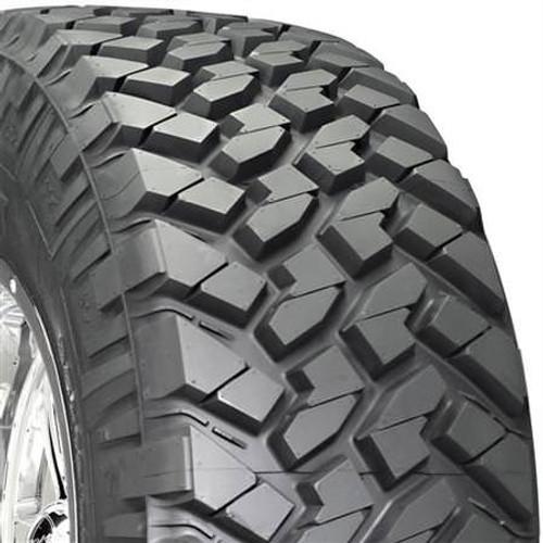 Nitto, NIT205-720 - 35x12.50R-20LT, Trail Grappler Tire
