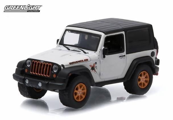 Greenlight 1:64 All Terrain Series 2 - 2012 Jeep Wrangler white)