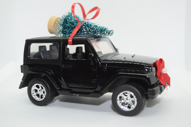 Jeep Wrangler JK Rubicon Black Christmas Tree Ornament