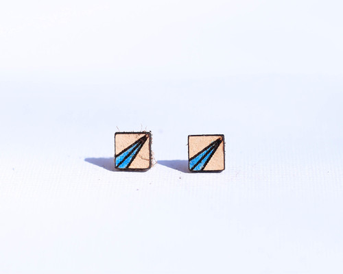 Leather Square Studs with Ray Pattern
