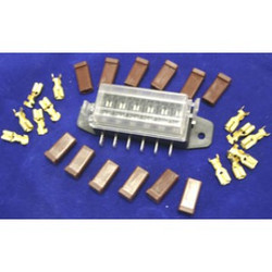 American Autowire 6 Fuse Auxiliary Fuse Block Assembly