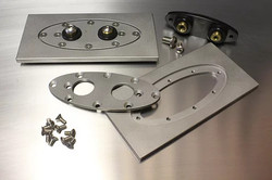 Squeeg's Oval Weld in Frame Bulkhead with Terminals (SQU-BHOP-T)