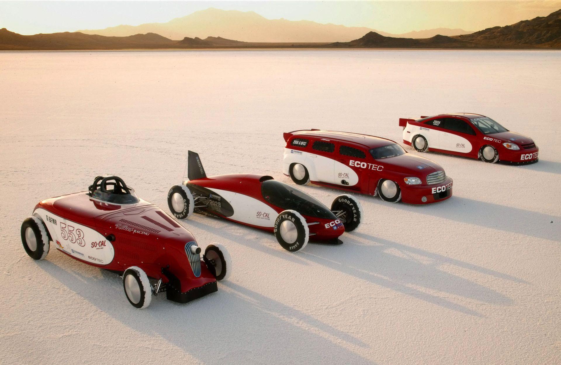 10-pete-chapouris-so-cal-speed-shop-pete-jakes-pc3g-bio-salt-flats-gm-belly-tank-lakester.jpg