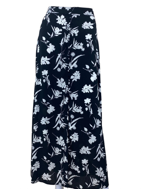 The Edit Buttoned Maxi Skirt Black