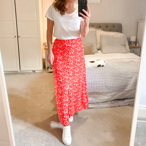 The Edit Buttoned Skirt - Red