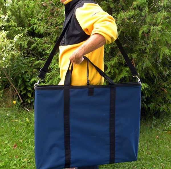 Made in Canada exercise pen carrying bag simplifies transporting exercise pens from your vehicle to the training facility or trial site.