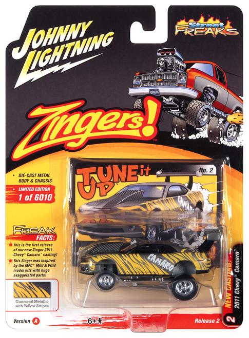 Johnny Lightning 1:64 Street Freaks Ver A 2011 Chevy Camaro Metalic w Yellow