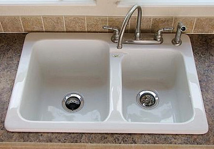 Steel/Porcelain Sink