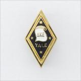 ΔΚΕ Yale Badge
