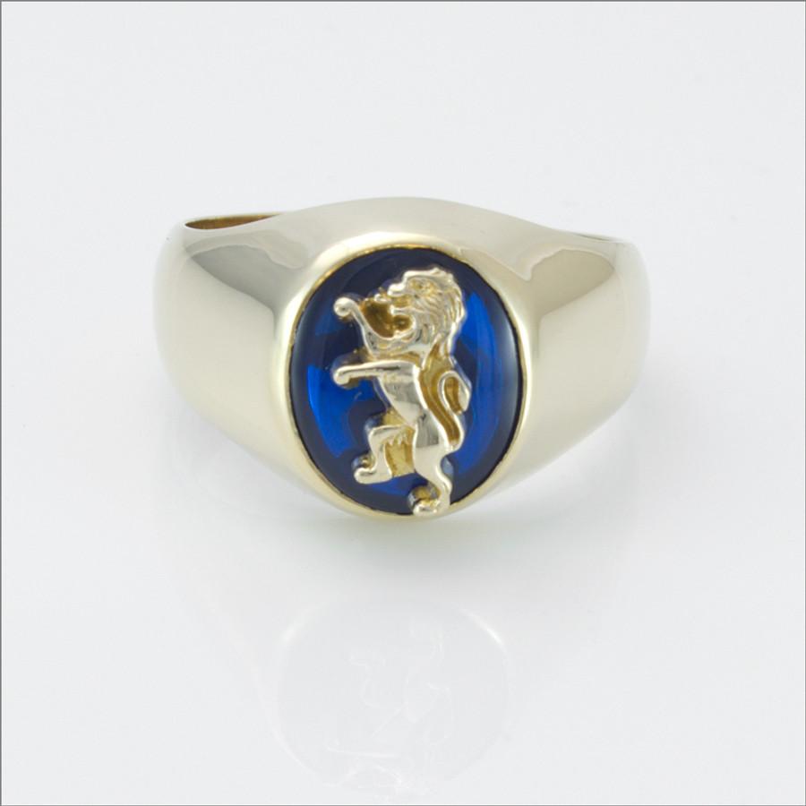 ΔKE Small Comstock Blue Spinel Ring with Lion